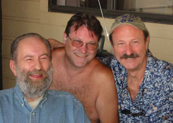 (l-r:) Wade brothers Long John, Tom & Don @2005